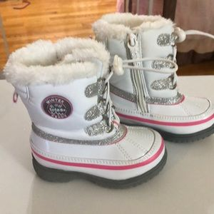 Toddler 6, Snow Boots